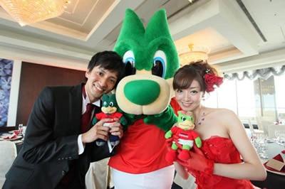 浦和レッズの選手やキャラクターがお祝いしてくれる! 浦和レッズウェディングプランが登場