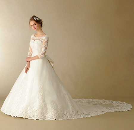 クチュールとディテールが美しい大人可愛いドレスがずらり! TAKAMI BRIDALの新作オリジナルドレス