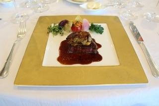 能登牛フィレ肉とフォワグラのロッシーニスタイル