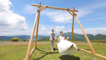 箱根の絶景を一望! ターンパイク箱根・大観山園地に特製「箱根のぶらんこ」が登場