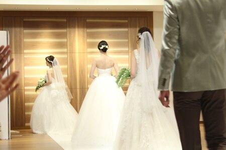70年間の歴史から最新のドレスまでが分かる、「リビエラ東京」のブライダルフェア。期間限定のコース料理など魅力を体感!【編集部レポート】