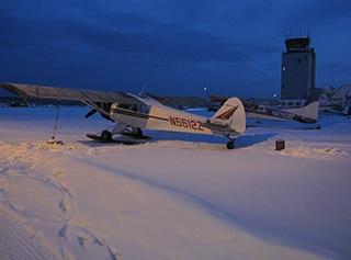 アラスカ小型機