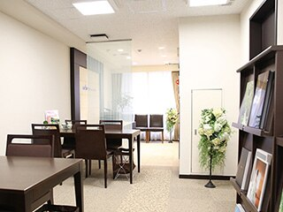 銀座店舗入り口.jpg