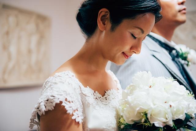 再婚の報告の仕方やご祝儀、ゲストはどうする? 再婚結婚式の悩みを ...