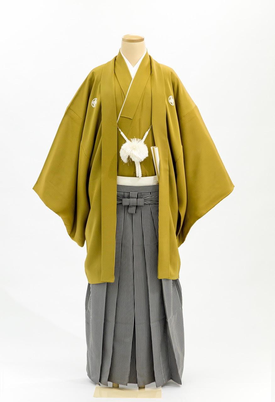 色紋付き羽織袴黄