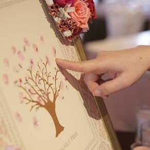 """ゲストひとりひとりの手でフィンガーツリーを満開に。あたたかな""""絆""""が花開く"""