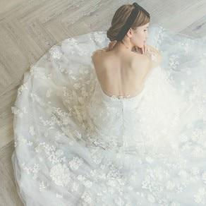 ドレスセレクトショップ 「Poetika」の衣装で いつも以上に自分らしく