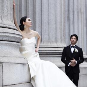 飾りすぎないデザインでボディラインの美しさを際立たせてくれるドレス