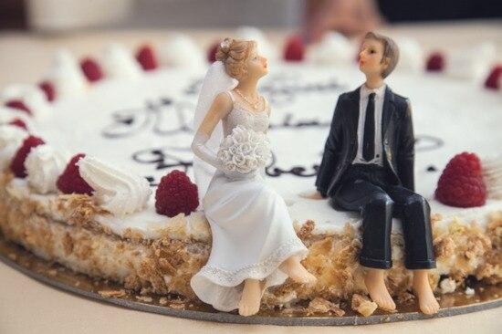 「令和婚」が人気! 昭和生まれの45.7%・平成生まれの62.5%が婚約指輪は