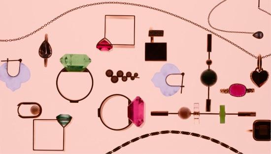 【期間限定!】ホリデーシーズンを輝かせる「バーニーズ ニューヨーク」のジュエリーコレクション