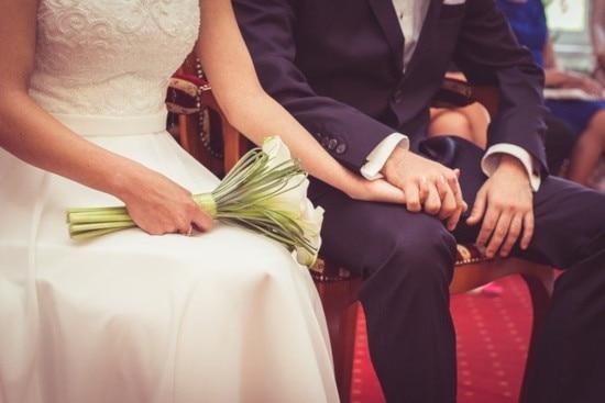 「いい夫婦の日」(11月22日)目前! 令和時代に結婚指輪は着ける派? 着けない派?