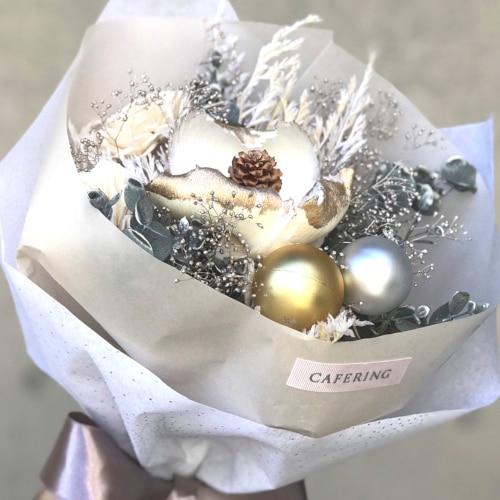 男性おひとりのプロポーズリング購入で全員プレゼント!「CAFERING」のおしゃれなブーケを手に入れて