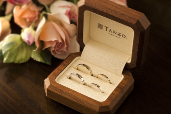 「TANZO.」の緊急企画!「外出自粛プラン」で自宅から理想の結婚指輪を探して