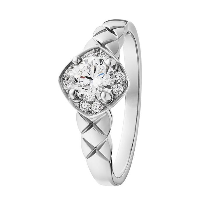ココクラッシュ婚約指輪