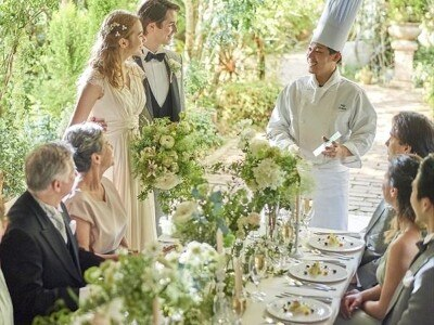 4d58f7c397ecd 「家族や親族だけで」「30名までの少人数で」そんな結婚式を希望するカップルはこのフェアへの参加がオススメ!会場のレイアウトやパーティ内容、結婚式の費用などを  ...