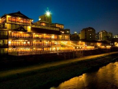 FUNATSURU KYOTO KAMOGAWA RESORT (国登録有形文化財)