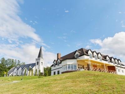 イルムの丘 聖マーガレット教会